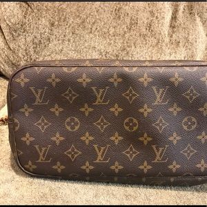 Louis Vuitton Bags - 💕Sold💕
